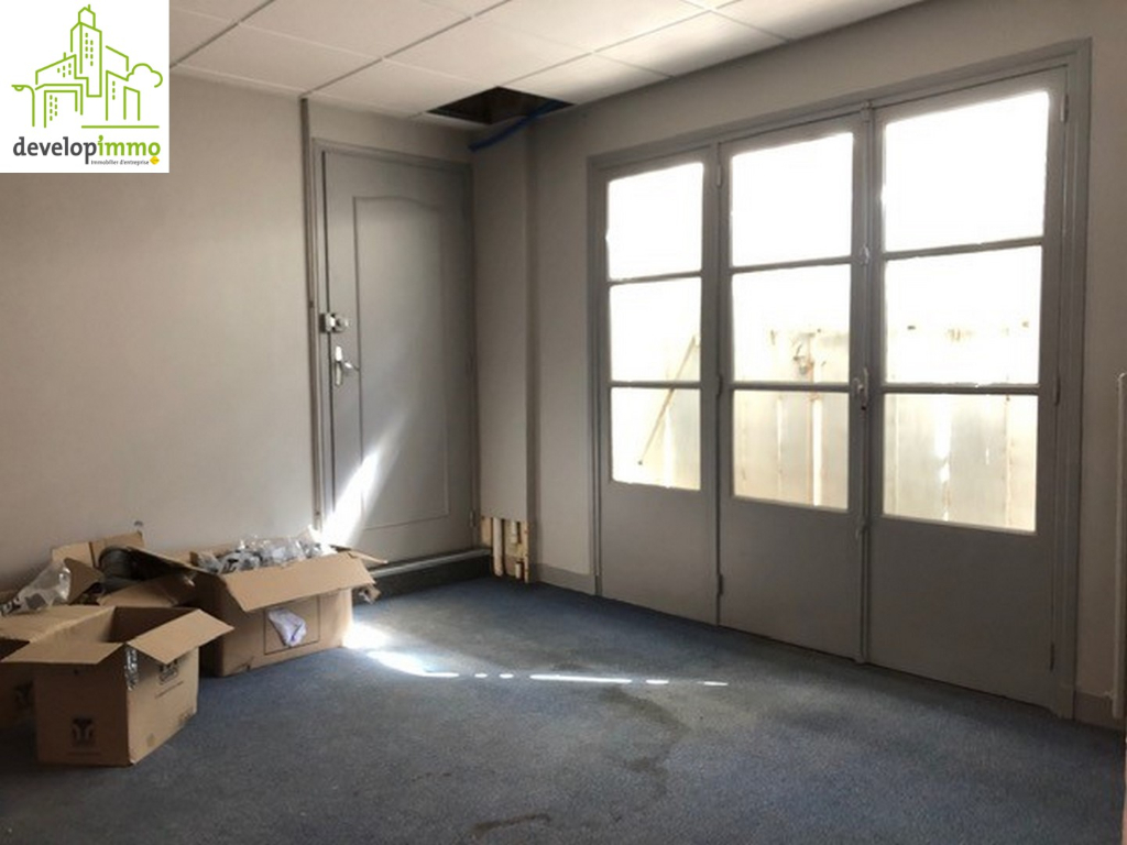 Local Commercial de 86 m² à CAEN